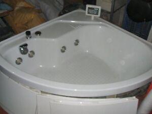 Vasche Da Bagno Teuco Angolari : Arredo bagno climapiù termoidraulica progettazione