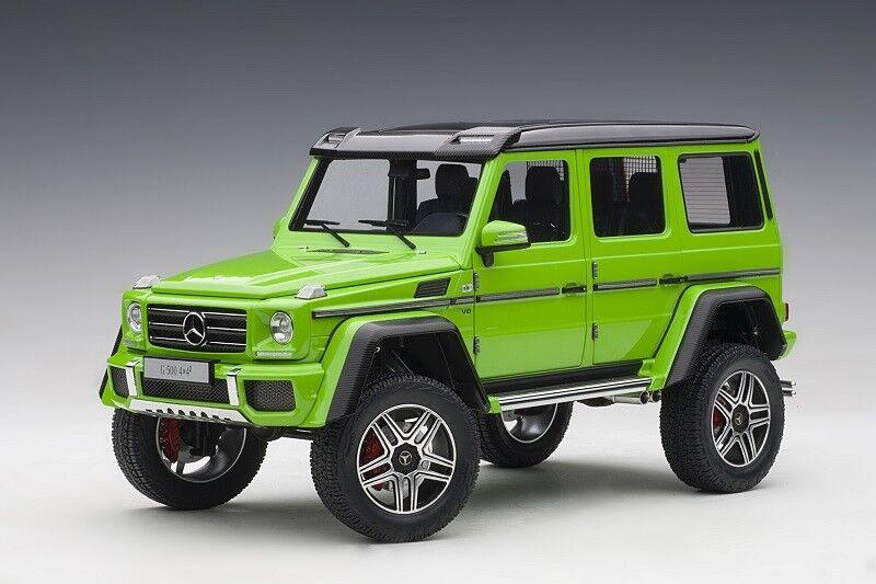 76315 MERCEDES-BENZ G 500 4x4 2' 16 alieno verde, 1 18 Autoart