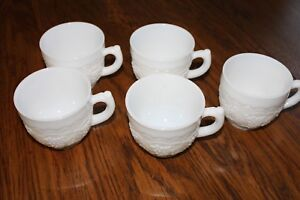 Vintage-Imperial-Milk-Glass-Punch-Cups-Set-of-5-Grapes-Vine-handles-coffee-cups