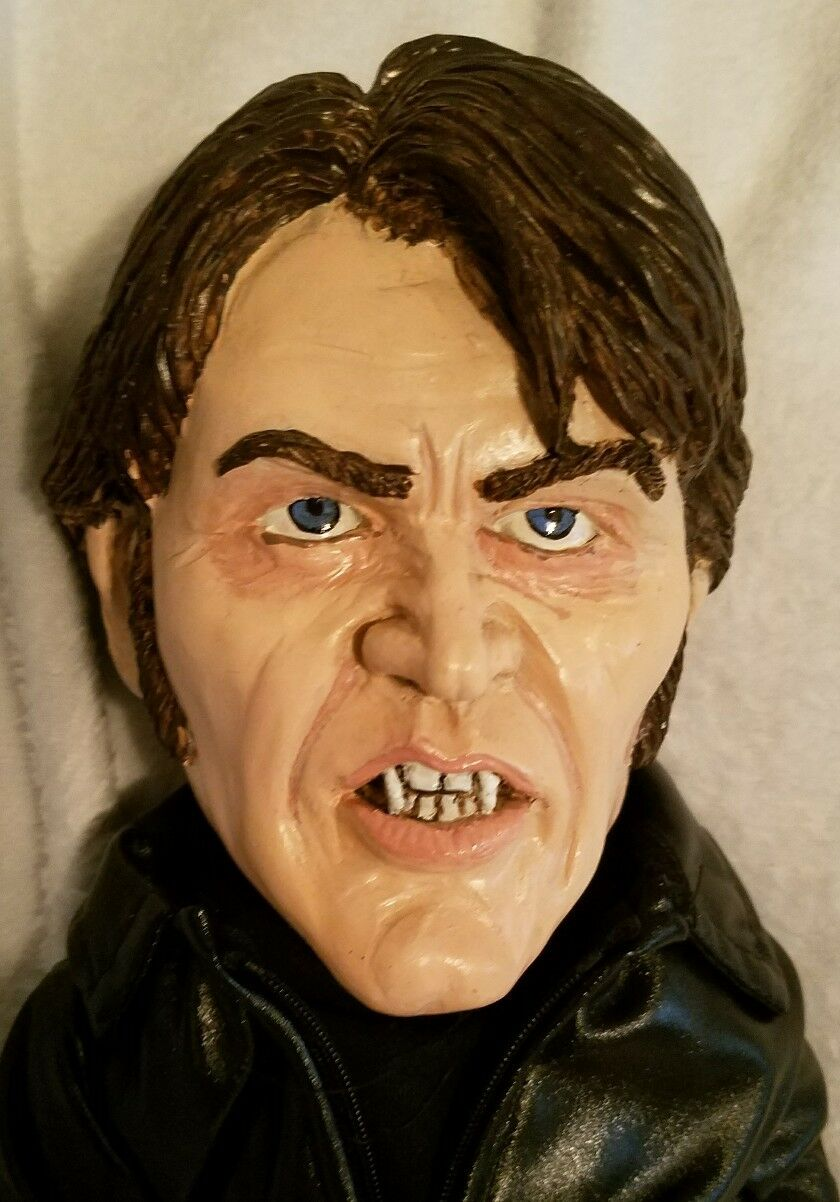 OOAK Bill Compton Muñeca de True Blood por Terry citada