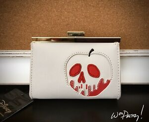 2019-LOUNGEFLY-Disney-Snow-White-Poisoned-Apple-Wallet-Coinpurse-Style-Clutch