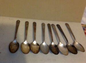 Vintage-Sterling-Silver-Plate-Set-of-8-Presidential-Teaspoons-Wm-Rogers-Mfg-Co
