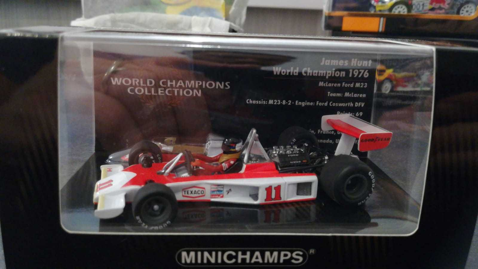 MINICHAMPS 436760011 F1 1/43 MCLAREN FORD M23 JAMES HUNT 1976 F1 WORLD CHAMPION