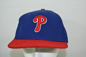 Philadelphia-Phillies-Blue-Red-Baseball-Cap-Fitted-7-3-8