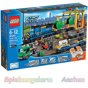 LEGO 60052 CITY Le train de marchandises 4 figurines locomotive motorisée avec 8