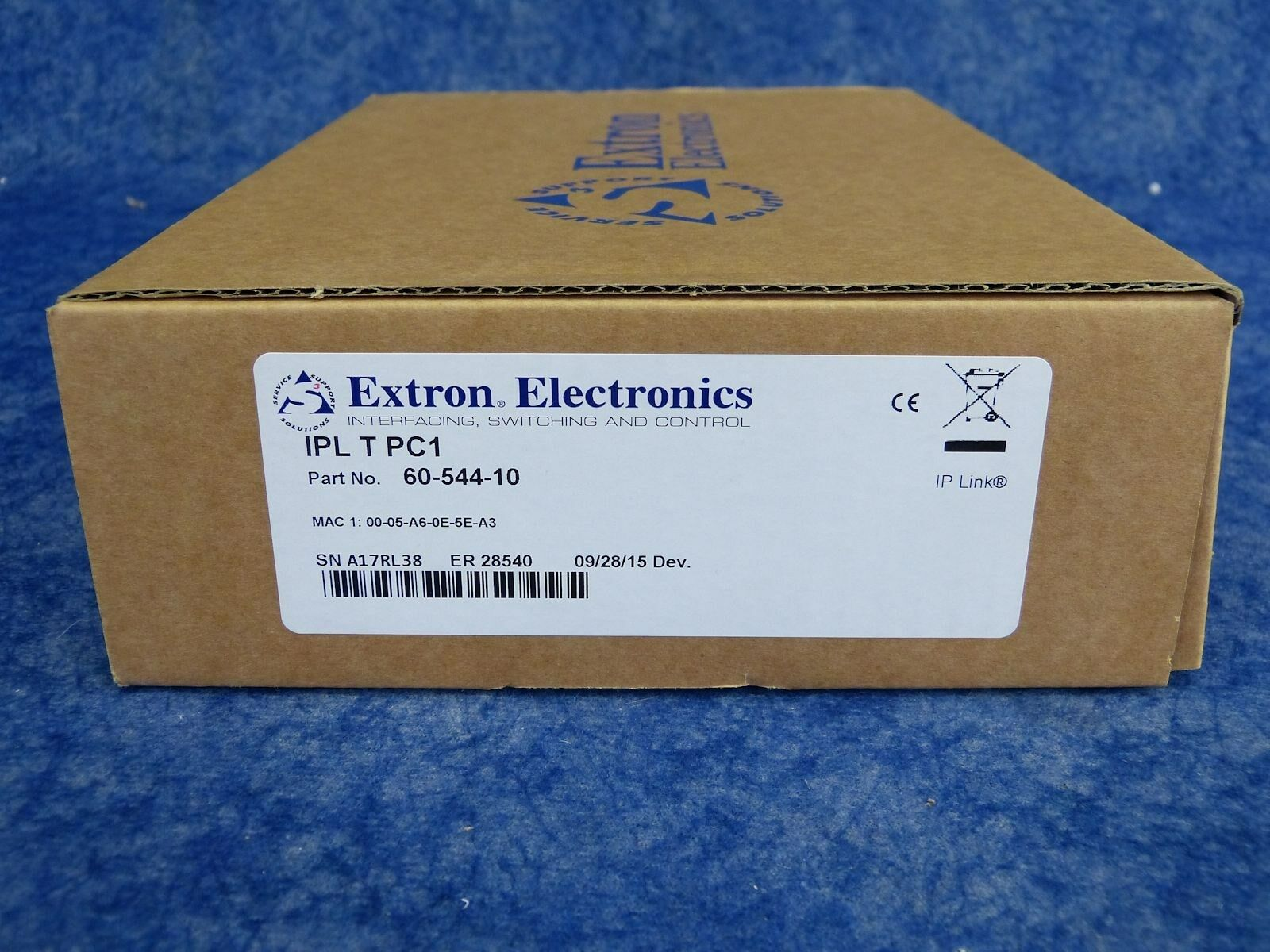 NEW  Extron IPL T PC1   60-544-10   IP Link AC Power and Device Controller