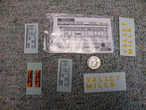 Walthers decals HO Freight 16323 Valley Mills black J25
