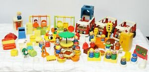 Details About Vtg Fisher Price Little People Lot Wooden Table Chairs Playground Bus School 80