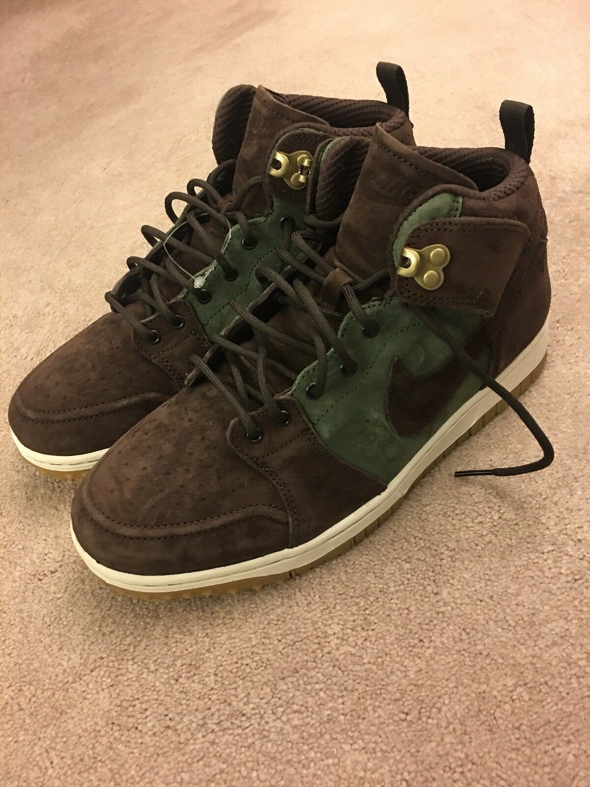 150 Nike Dunk CMFT Sneakerboot army olive 1 suede mid air brown force 9 acg QS