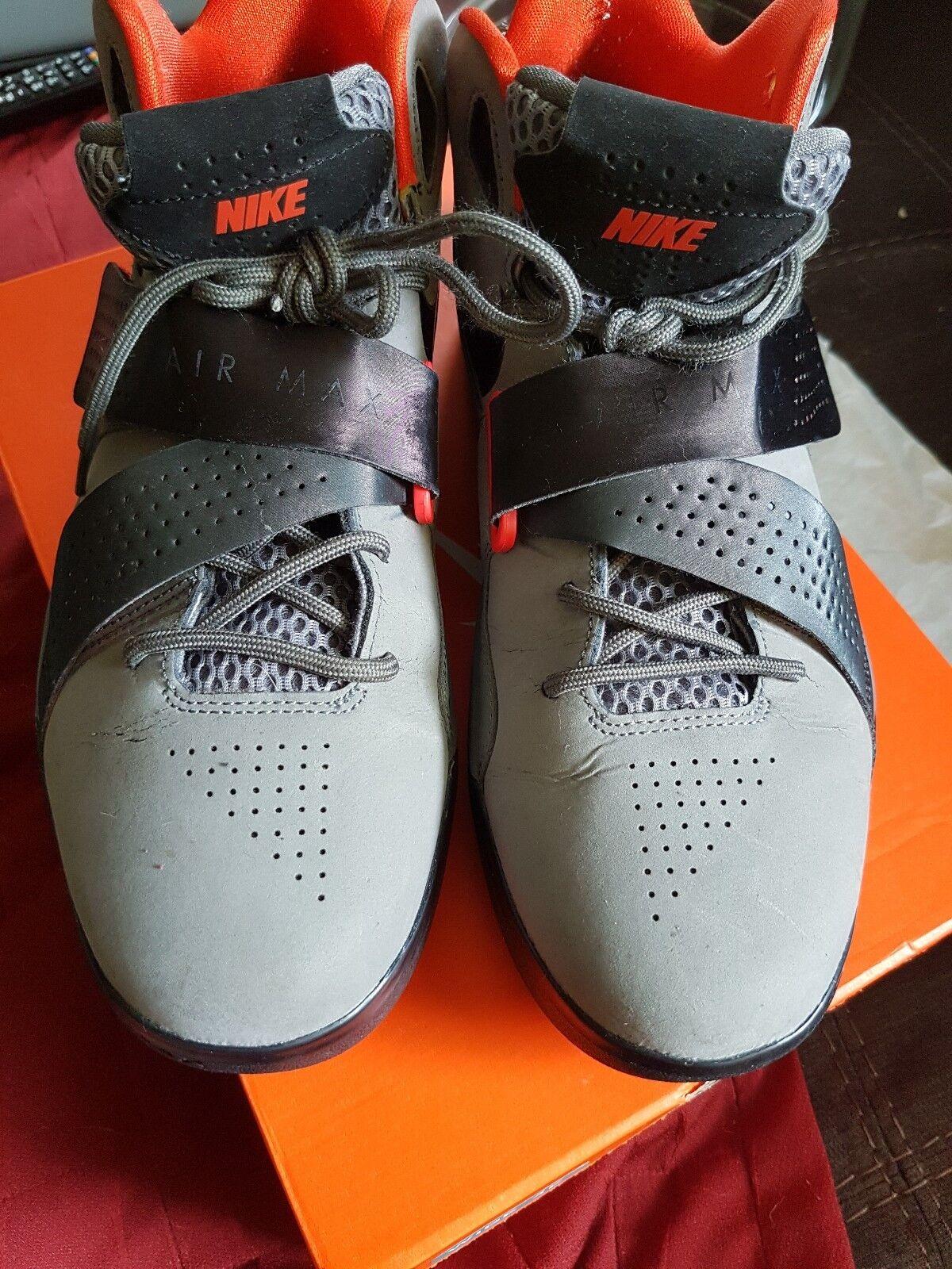 Nike Air Max Sweep Thru Men SIZE 9.5