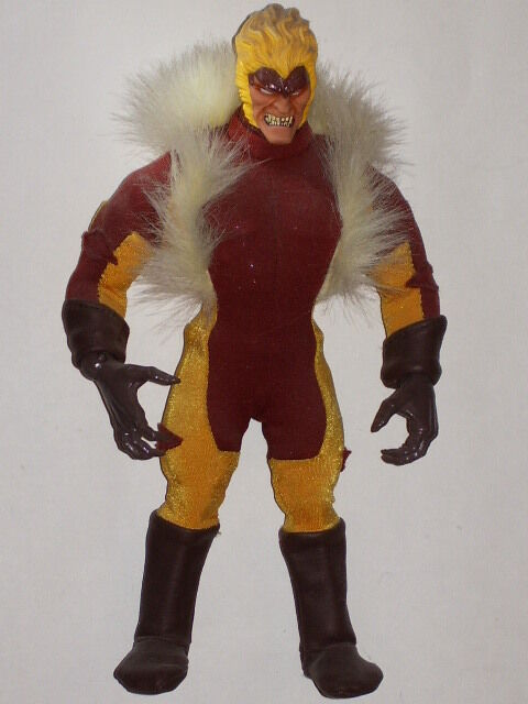 MARVEL FAMOUS COVERS SABRETOOTH - X-MEN - 9  figure with cloth costume