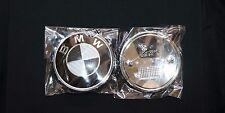 2pcs BMW Logo Factory Black/White Carbon Emblem Badge 82mm Front Hood/Rear Trunk