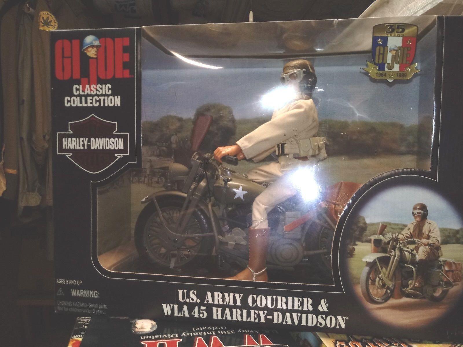 WW2  G I Joe Harley WLA  45 Davidson Motorcyle with Courier 16 scale