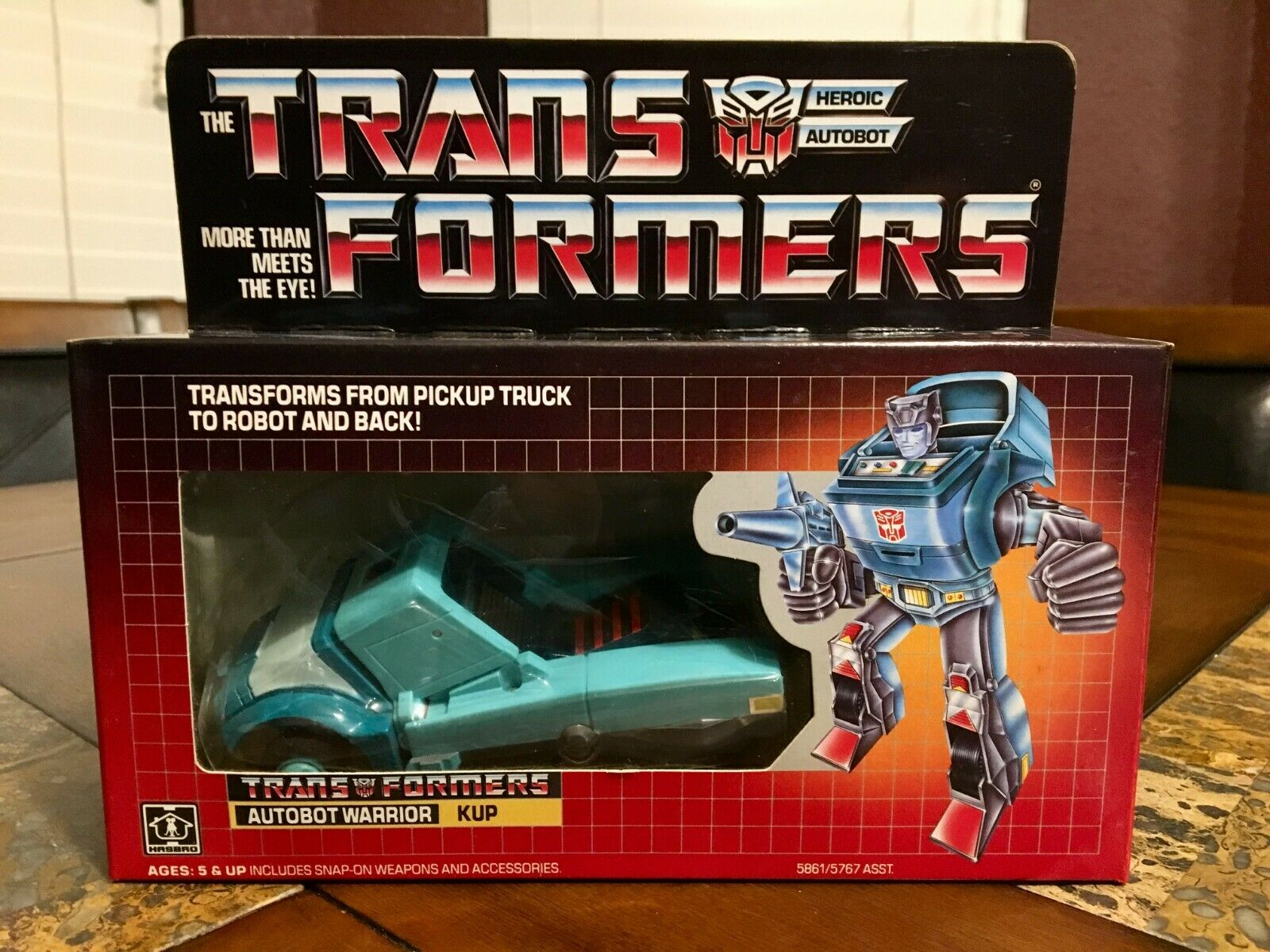 TRANSFORMERS HASBRO 1986 AUTHENTIC G1 KUP AUTOBOT VERY RARE