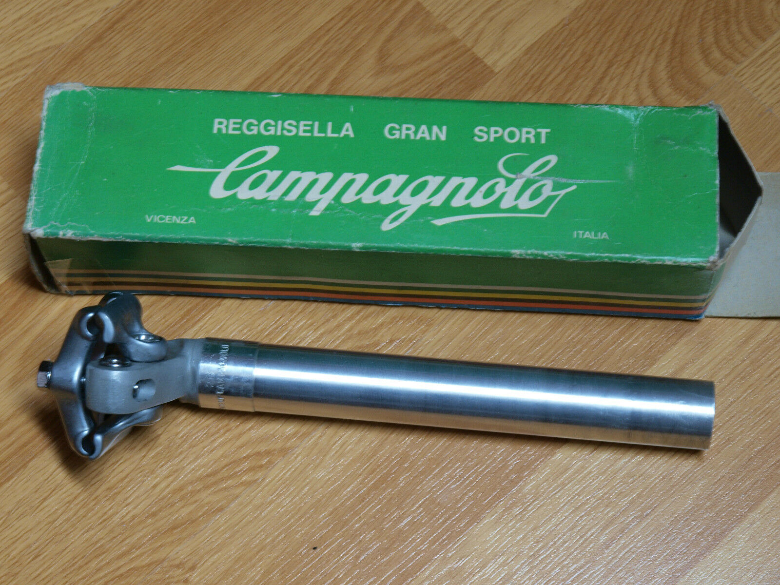 Campagnolo GRAN SPORT Seat post. Vintage road. NOS. 26 mm.