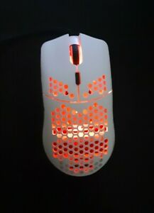 Lightweight-Honeycomb-White-Shell-Gaming-Mouse-RGB-LED-Backlit-7-Buttons-1