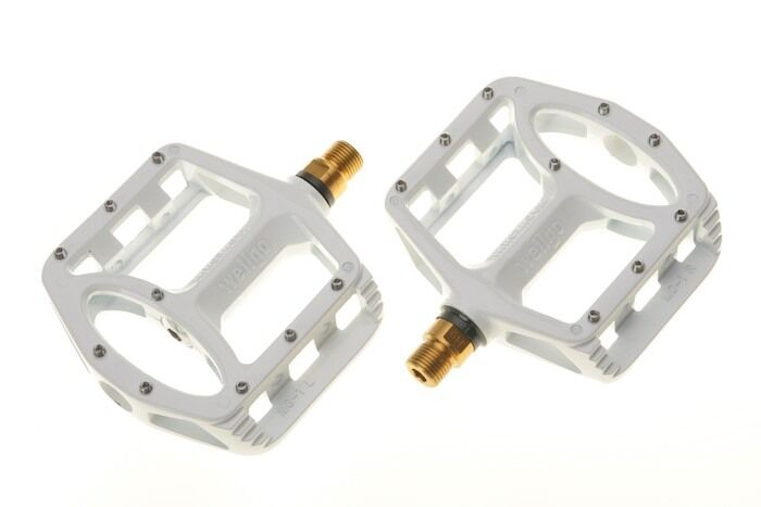 [US SELLER] New Wellgo MG-1 Titanium Axle Spindle MTB BMX Bike Pedals - White