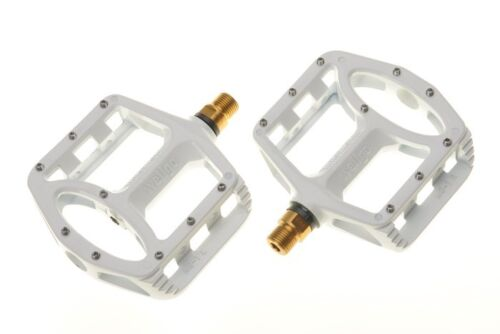 US SELLER White New Wellgo MG-1 Titanium Axle Spindle MTB BMX Bike Pedals
