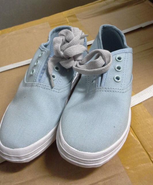Girls Small Canvas Shoes Light Blue size AUS 2 / EUR 34/ USA 3 / UK 2 / JPN 22