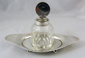 Vintage-c-1919-Hallmarked-Silver-Inkwell-amp-Stand-By-John-Grinsell-amp-Sons-VGC