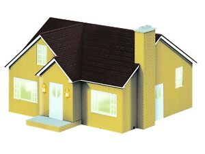 Lionel-Bungalow-House-Yellow-82008