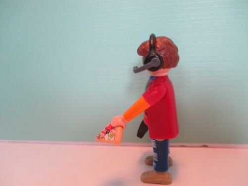 orig pkg PM #70242 Playmobil SERIES 17 MALE VIDEO GAME PLAYER W// PIZZA new fig