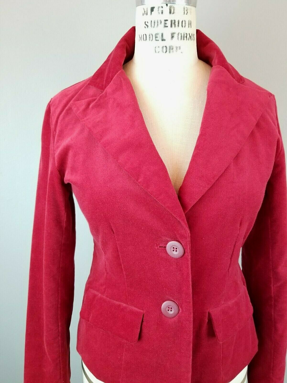 Red Velvet Fitted Blazer Womens Size Small  - image 2
