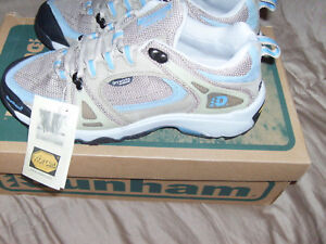 94e818f2a84 Details about Dunham By New Balance Waffle Stomper Terrastryder Hiking Shoe  Womens Sz 7 NEW.