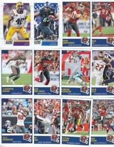 43ab9925 Details about 2019 SCORE Football TAMPA BAY BUCCANEERS team set (12) w RC  Devin White ++