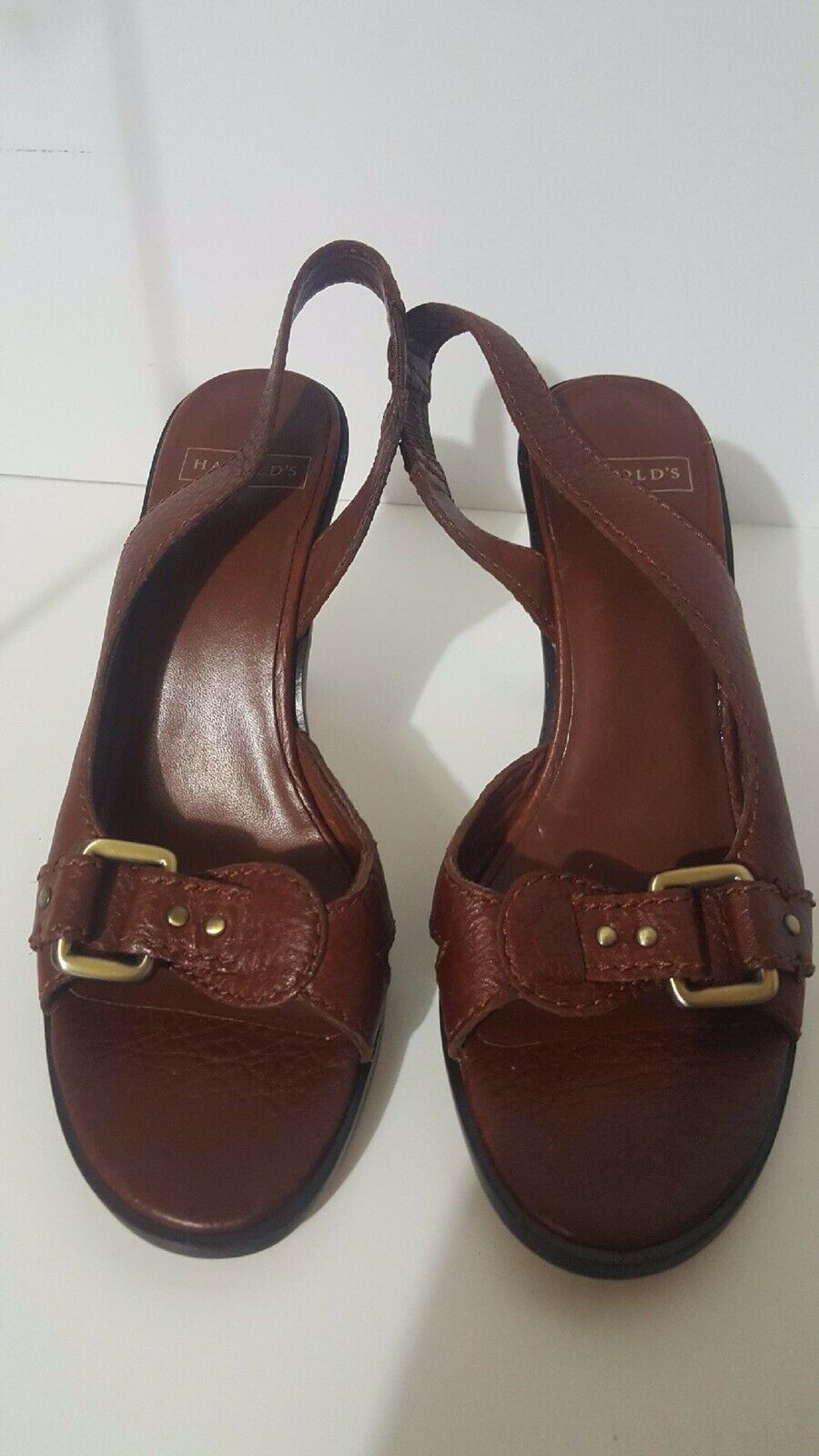Harold's Women's Leather Slingback Pumps shoes Sz 7 1 2 New Display Pair