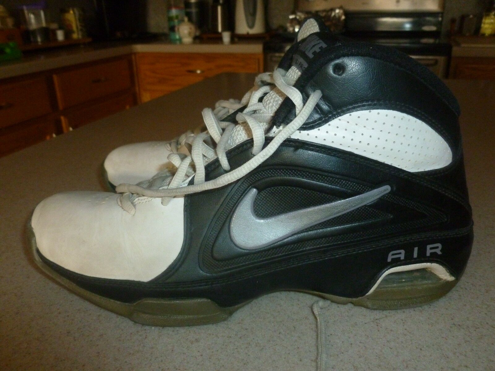Nike Air Retro BLACK White Shoes Sneakers Price reduction