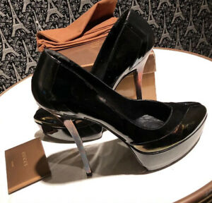 Gucci Black HEELS Size 38+  9 to 9.5 US size PRVT seller PAID $900