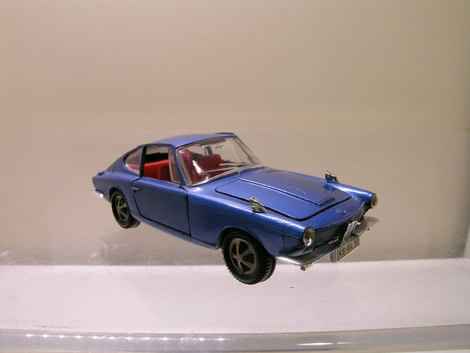 MARKLIN GERMANY 1812 GLAS BMW 1600GT COUPE COLOUR blueE MET. SCALE 1 43