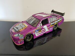 Martin Truex Jr 2009 Chevrolet Impala Guitar Hero Smash Hits Custom Action 1/24