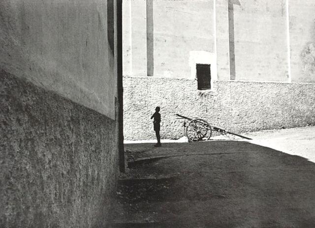 HENRI CARTIER-BRESSON•Salerno Italy 1953•20x28 Print•Magnum Poster