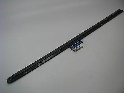 New OEM Rear Left Side Door Moulding Trim For 05-10 Hyundai Azera 877333L020