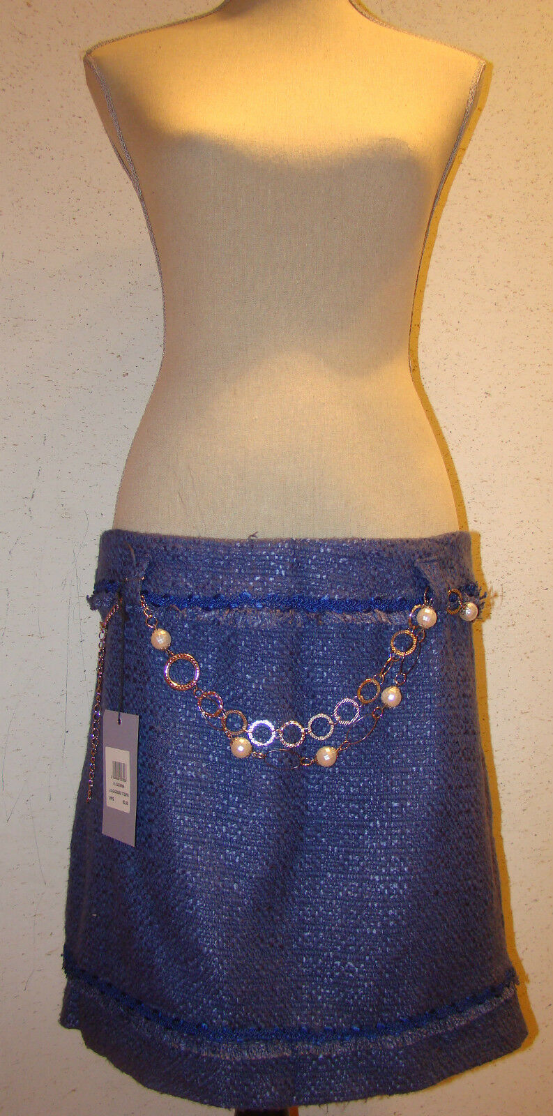 WOMEN'S SKIRT NEW WITH TAGS MADE IN ITALY