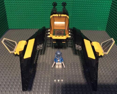 Custom Lego Star Wars Blue Twi Lek with Black /& Yellow Speeder!