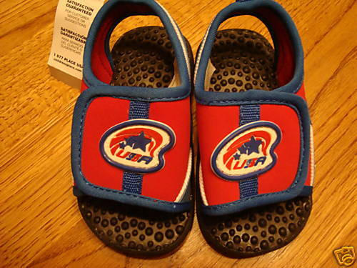 boys 4//5 sandals flip flops shoes NWT Childrens Place Energy USA 4th swim sandal