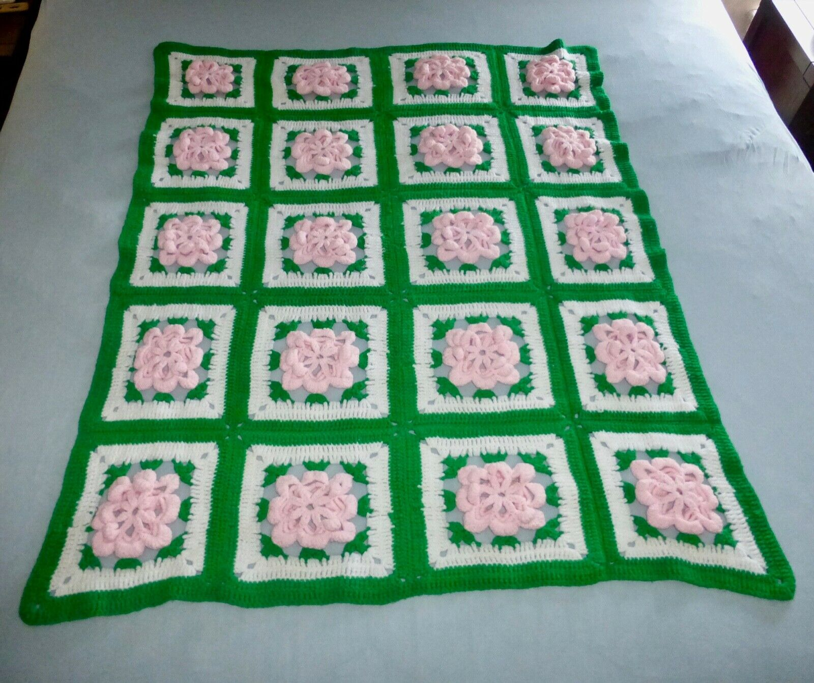 Vintage Afghan Throw pinks Flower Granny Squares Kelly Green Pink White 44 x 55
