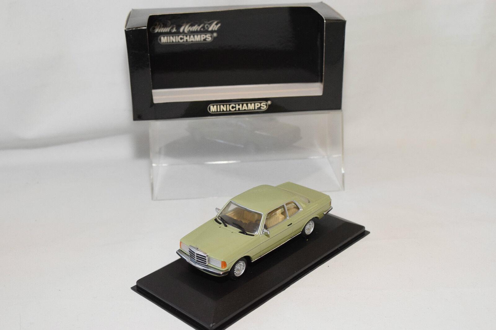 . MINICHAMPS MERCEDES BENZ 230CE 230 CE COUPE 1977 - 1985 verde MINT BOXED