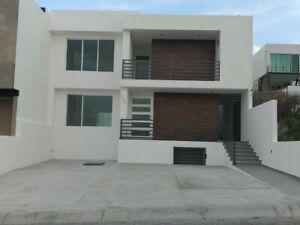 Casa en venta en Cumbres del Cimatario Huimilpan Queretaro