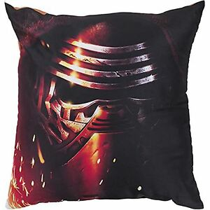 Star-Wars-Episode-VII-The-Force-Awakens-Coussin-Kylo-Ren