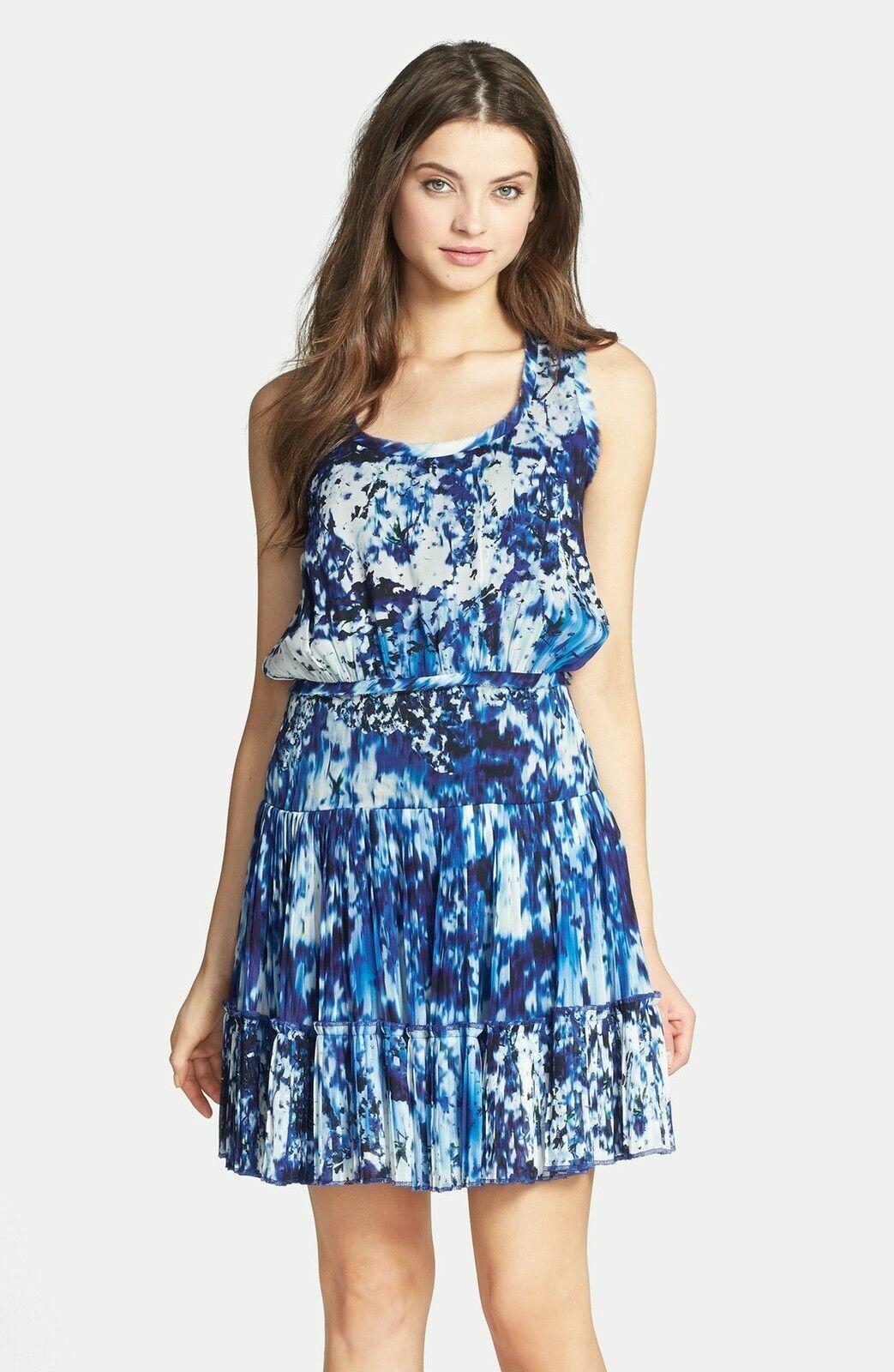 NWT Nicole Miller Artelier Mason in Lagoon Blau Pleated Hem Blouson Dress S M L