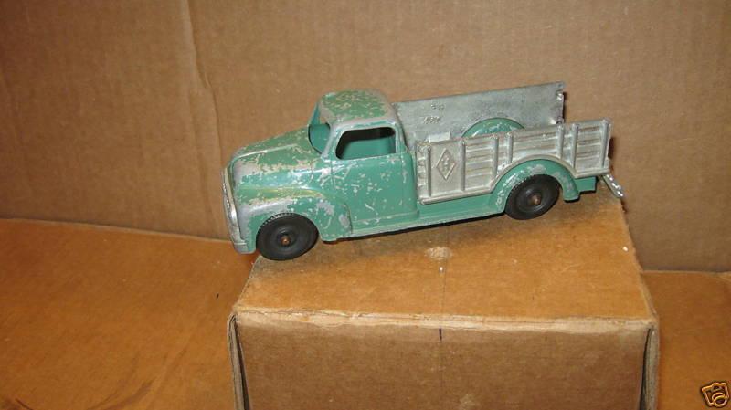 Nuevos productos de artículos novedosos. Vintage Hubley Cochero Hubley Juguete Juego Camión Kiddie Juguete Juguete Juguete  nuevo sádico