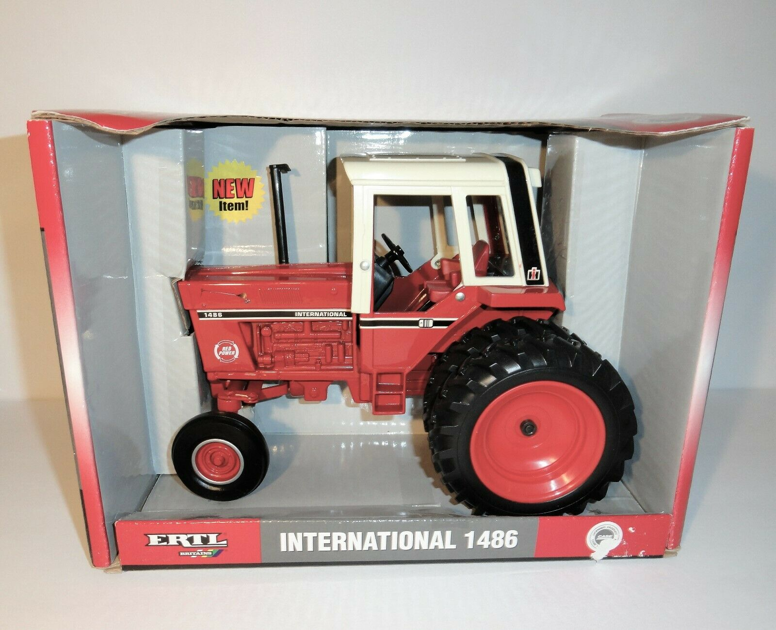 ERTL International 1486 tracteur avec large Duals-In Box 1 16 Scale