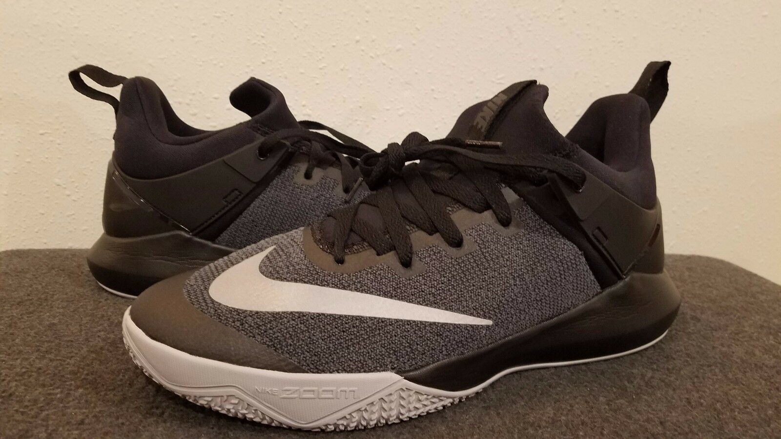 Nike Zoom Shift Women's Basketball Shoes SZ 11.5 Black / Chrome   917731  001