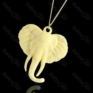 CREAM-ivory-VINTAGE-ELEPHANT-NECKLACE-lucite-plastic-24-034-long-gold-pl-snake-chain