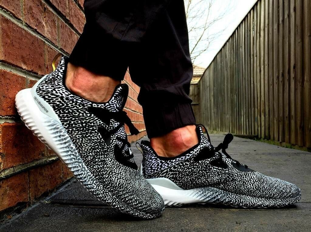 NEW Adidas Alphabounce Alpha Bounce M M M Aramis Black Grey White Turtle size 8.5 us 24984d