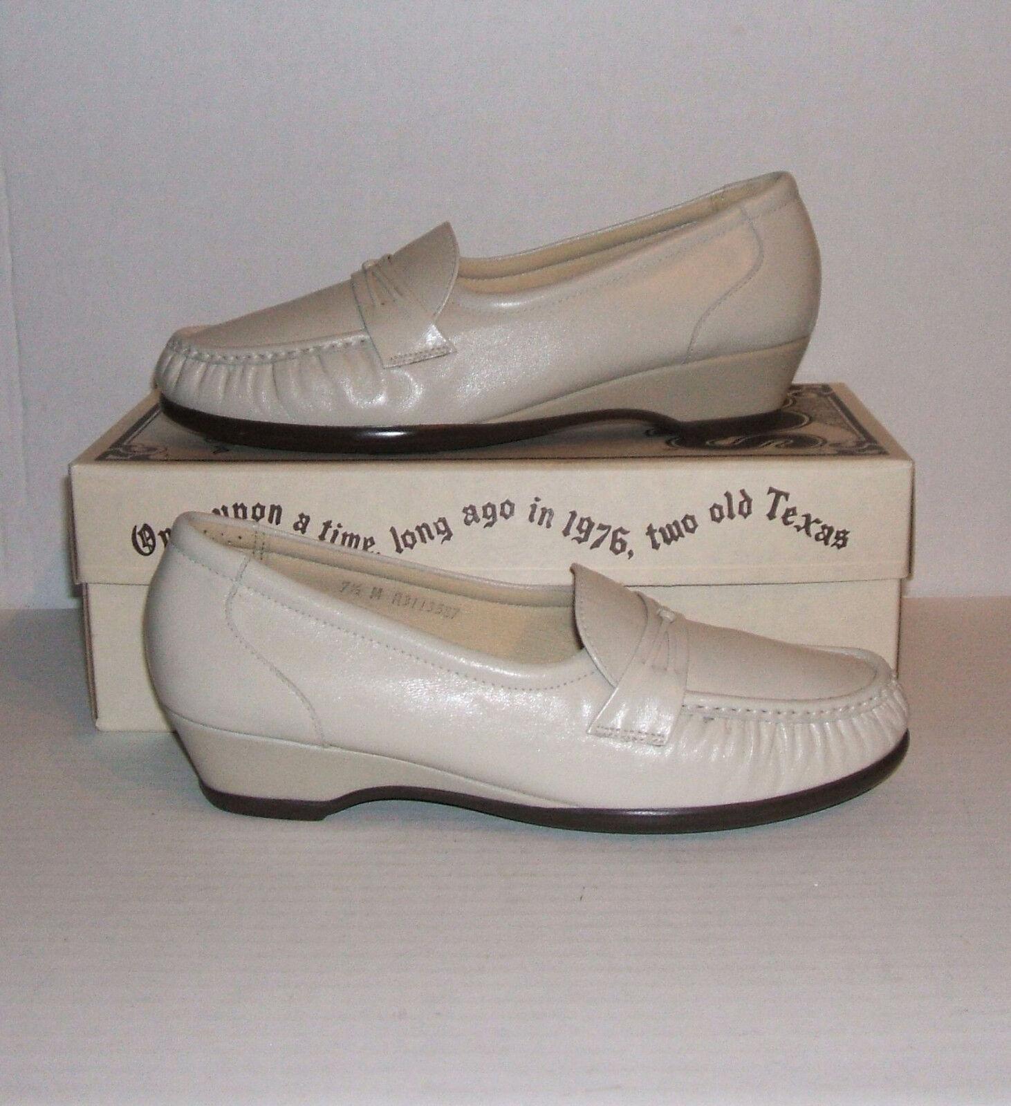 "SAS Tripad Comfort Womens ""EASIER"" Bone Leather Dress Slip-On Loafers 7.5 M MINT"